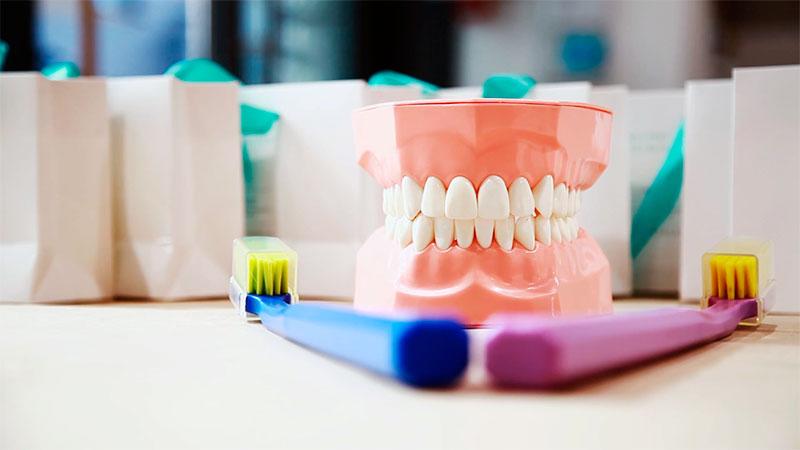 уход за молочными зубками